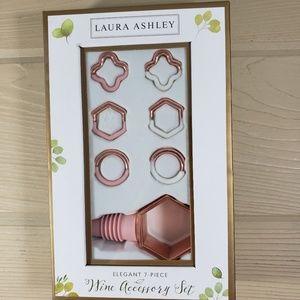 Laura Ashley 7-Piece Wine Accessory Set NWT